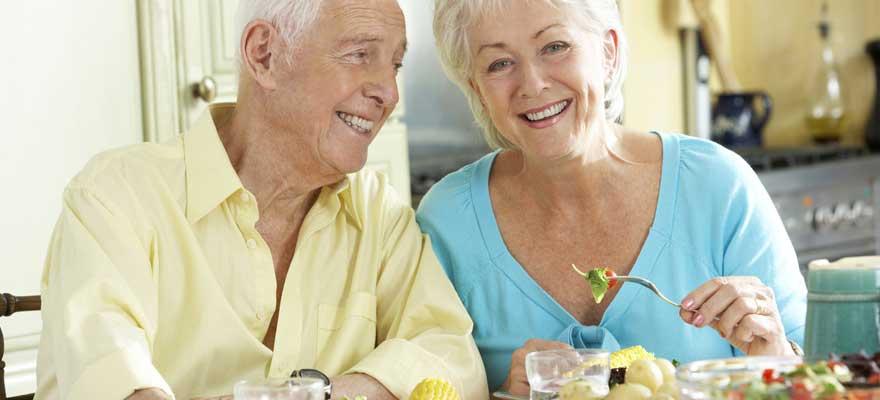 nutriments chez la personne âgée