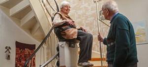 Monte charge personnes âgées