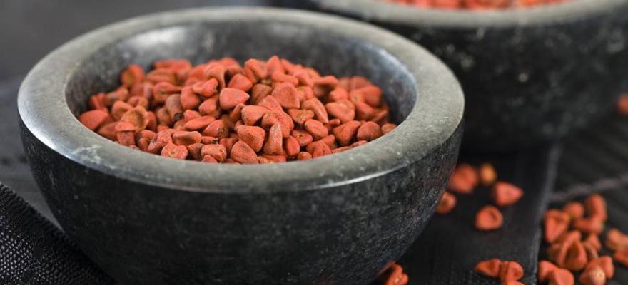 Compléments alimentaires naturels à base de roucou achiote